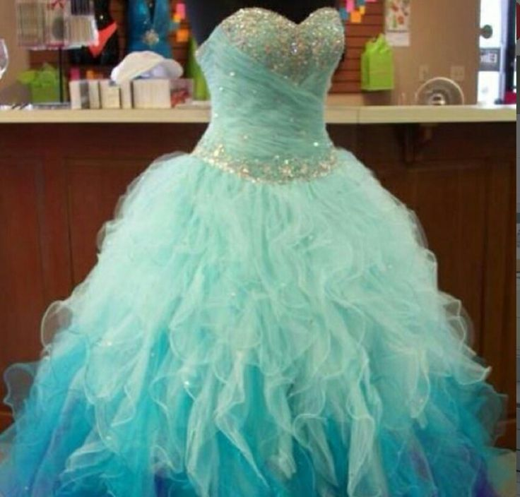 Sparkly Aquamarine Dress  (i would even where that cause its so PRETTY!)