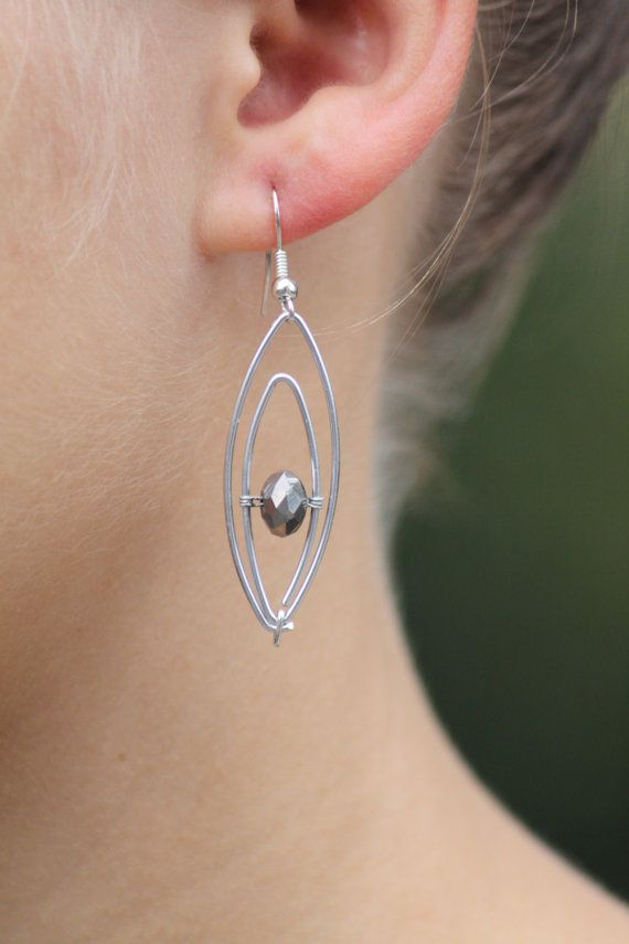 Silver coloured aluminium earring with silver by DeaJewelleryStore