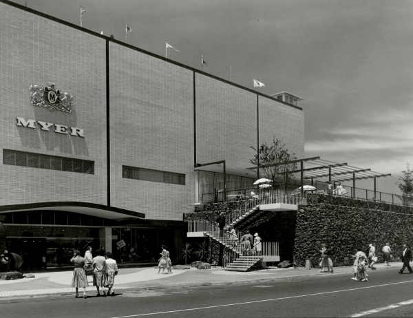 Myer Chadstone in the 1960s. Behind the rock wall to the right was the entrance to the Chadstone Bowl (bowling alley)