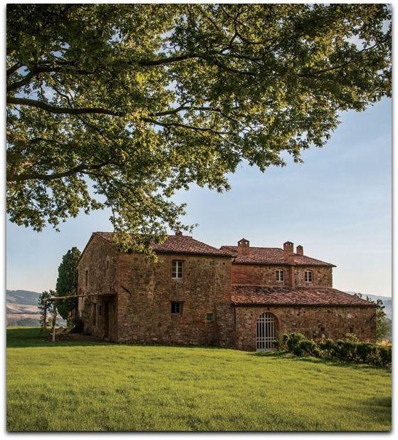 Decorator Ilaria Miani collaborated with cult winemaker Andrea Franchetti to transform an 18th-century farmhouse into the guest villa Il Cocceto.
