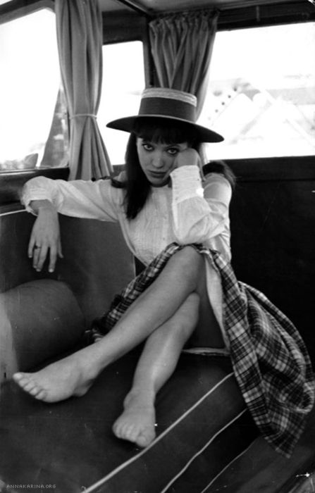 Anna Karina. I'm wearing plaid skirts this winter. I'm just doing it.