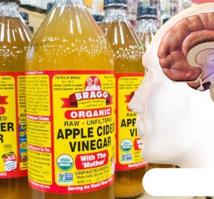 Apple cider vinegar is an incredibly versatile and beneficial natural miracle, rich in nutrients. It has a high acidic content and treats various health conditions and issues. It is a common kitchen staple in numerous households, and it is a result of the process of fermentation of the apples. Yet, apart from cooking, it can be of great help in the treatment of sinusitis, skin issues, dandruff, skin discoloration, obesity, etc. Its consumption energizes the body, and if applied topically, it…