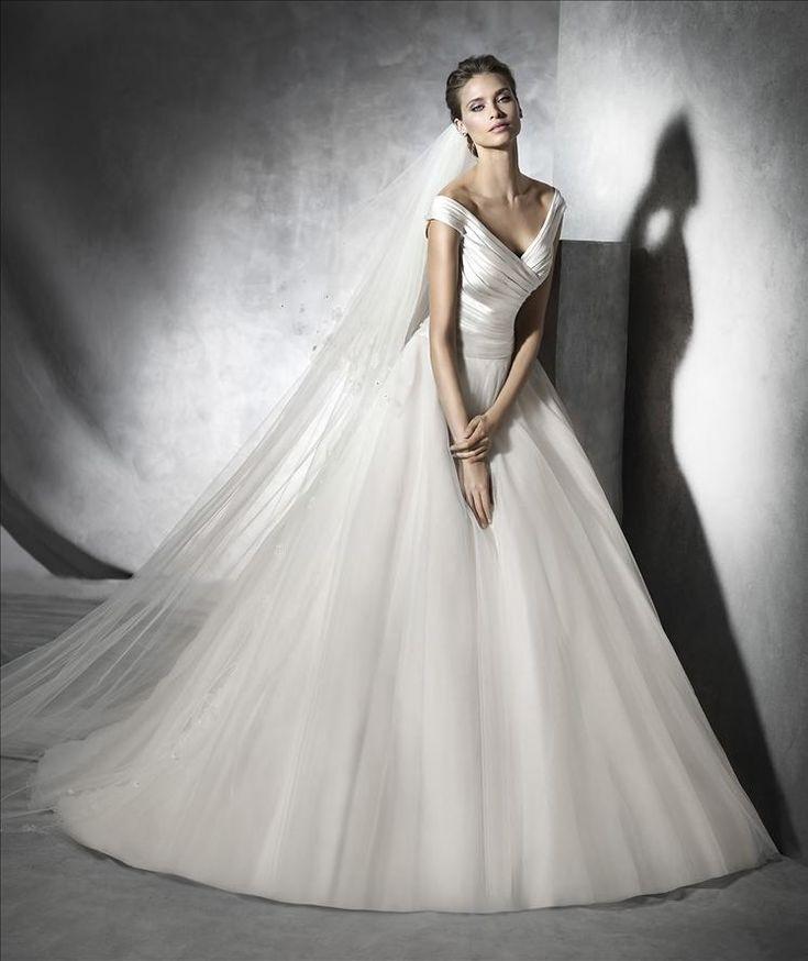 Pronovias barbate wedding dress