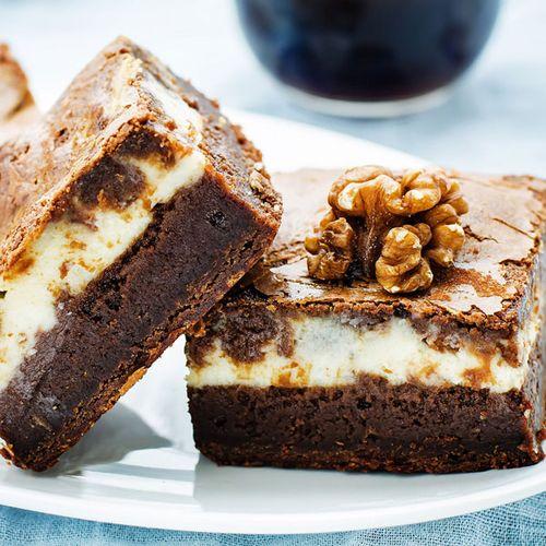Saftige Low Carb Brownies mit Frischkäse