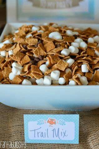 Marshmallows, golden grahams, choc chips