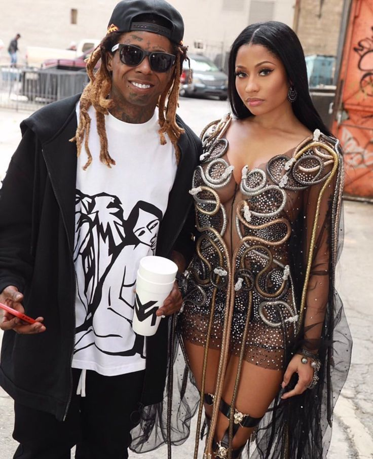 YMCMB : Photo Nicki Minaj X Lil Wayne No Frauds