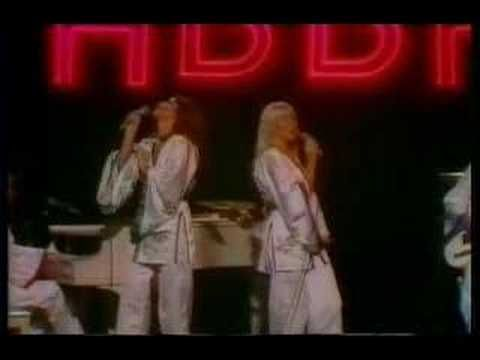ABBA-Dancing Queen Midnight Special - Oh, how I can belt out this tune - I  think I sound great!!