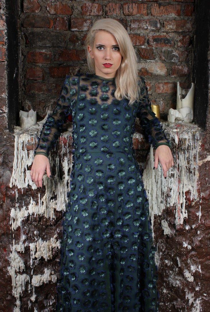 Вечернее платье в пол, с объемными цветами. Цена: 12000р. Размеры 42, 44, 46, 48 . Состав: верхнее платье: полиэстр 100% нижнее платье: 95% вискоза, 5% лайкра Заказ на сайте : www.anaitmheyan.ru WhatsApp/viber : 89032069710  #коллекция #одежда #рождественскаяколлекция#платьевпол #рождество#дизайн #платье2017 #создаемколлекциюодежды #нарядноеплатье #синее #платьенановыйгод #цветочки #фактура #новогодняяколлекция #модныйобраз #моднаязима #моднаяодеждавмоскве #гардероб #Новыйгод #москва…