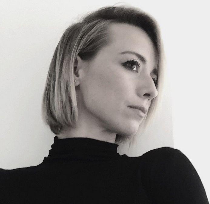 Photos - Karine Vanasse est un méchant PÉTARD | HollywoodPQ.com