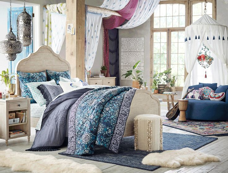 Lennon And Maisy Stella 39 S New Home Decor Line Will Be On