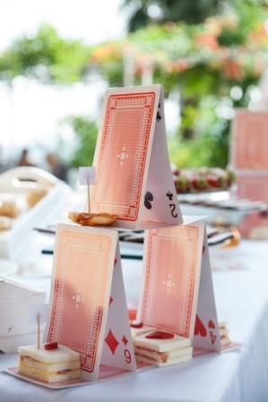 Red queen cards castle for finger food