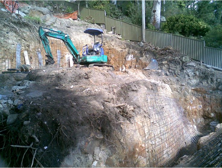 Contact us for fast & affordable land clearing service.  http://chomp.com.au/land-clearing-and-landfill-sydney/