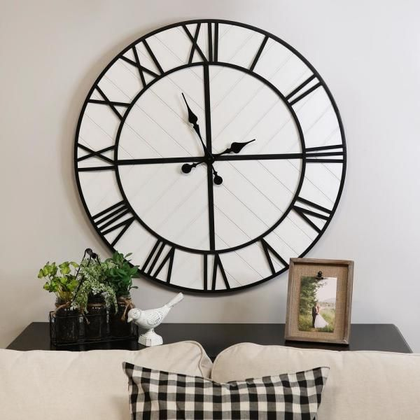 Stratton Home Decor Oversized 31 50 In Henry Black And White Wood Wall Clock