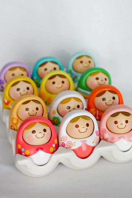 Had to repin those. They look like matryoshka dolls, but they were actually produced by some toy brand called Unazukin. And they are awesome. Thought they would fit well in my 'Colours' board. ^^