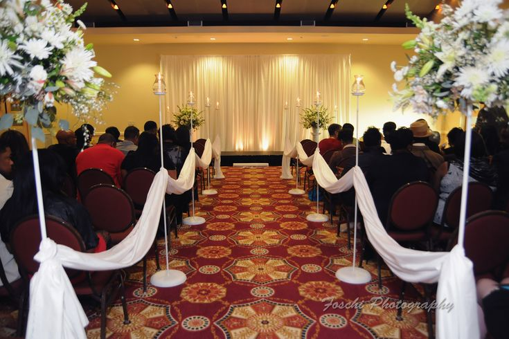 CDG offers attractive rental options to decorate your ceremony space. Chase center at the Riverfront.