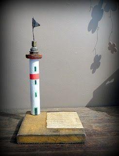 phare bois flotté driftwood lighthouse