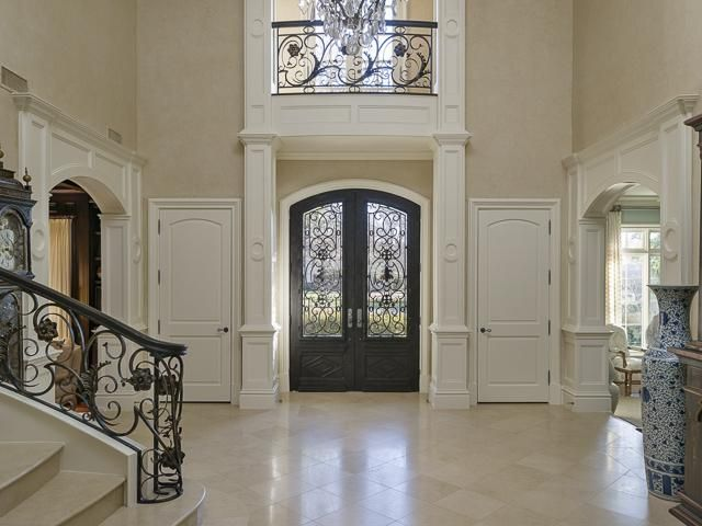 best 25 foyer staircase ideas on pinterest curved staircase open staircase and types of dark. Black Bedroom Furniture Sets. Home Design Ideas
