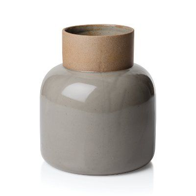 Earthenware Jar. Fritz Hansen Objects. Design Cecilie Manz.