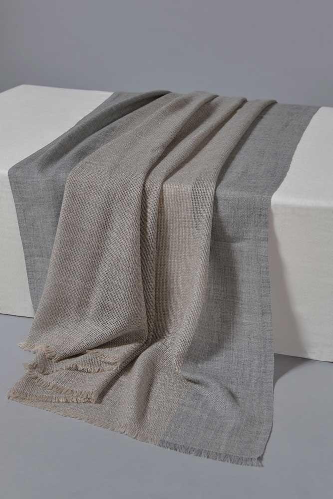 Ete Cashmere Throw in Beige/Soft Grey