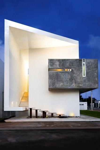 Beautiful. I love the concrete accent.  Moderno