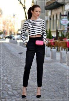 calça cigarrete - A calça cigarrete é uma espécie de calça justa e estreita, a princípio popular entre os homens ingleses durante  a  década de50.  O modelo, que  afunila em  direção àbarra,  com  comprimento chegando atéo ossinho do  tornozelo,  virou moda  entre as  mulheres nos  anos 60.  Audrey  Hepburn  era  fãdas  calçascigarrete