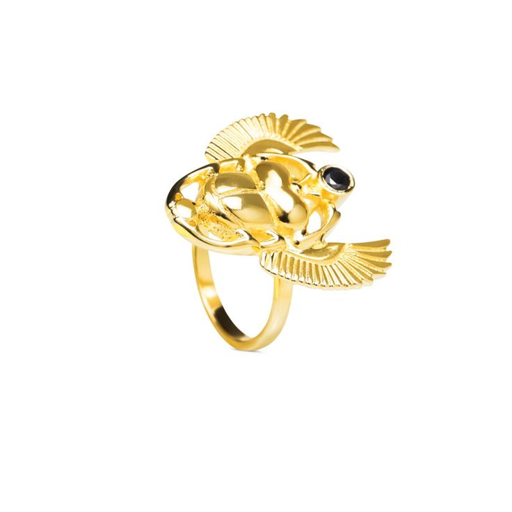 Exclusive: The Beetle Ring designed by Maria Pascual. Beetle ring shape with a little semi-precious stone, Black Onyx. It comes in 3 sizes. Plated whit 3 microns of 18/23 k. All the jewels are sent gift-wrapped.  Is the new must I your jeweler, the Beetle Ring has to be yours.