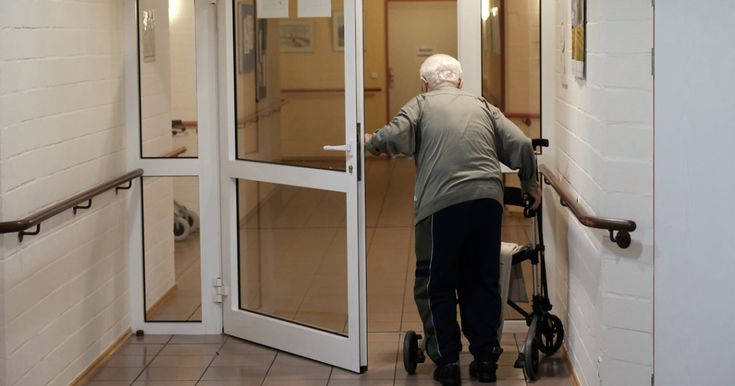Nursing Homes Violate the Rules a Lot. Trump's Answer: Get Rid of the Rules. – Mother Jones
