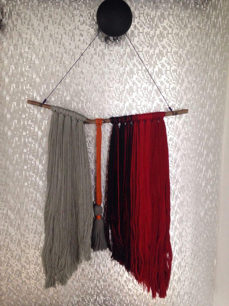 Wall hanger made by Aarhus Possementfabrik