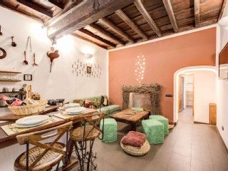 Characteristic apartment in the hearth of Trastevere in the Historic CenterVacation Rental in Trastevere area from @HomeAway! #vacation #rental #travel #homeaway