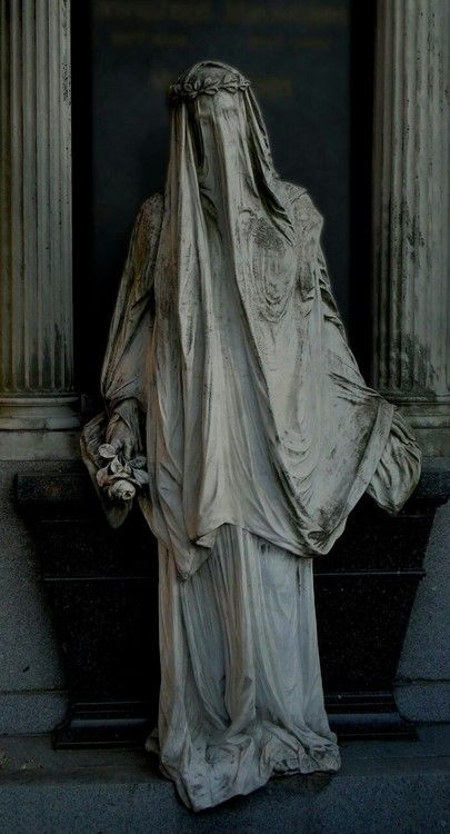 """The """"White Lady"""" at Zentralfriedhof, Vienna  Photo by: Marcus Propostus"""