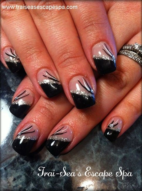 Black and silver - Nail Art Gallery
