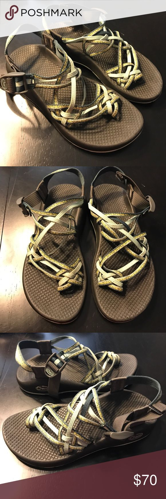 ⭐️ 1 hr sale ⭐️Women's chaco sandals 💕 Women's chaco sandals size 7. In great condition! Chaco Shoes Sandals