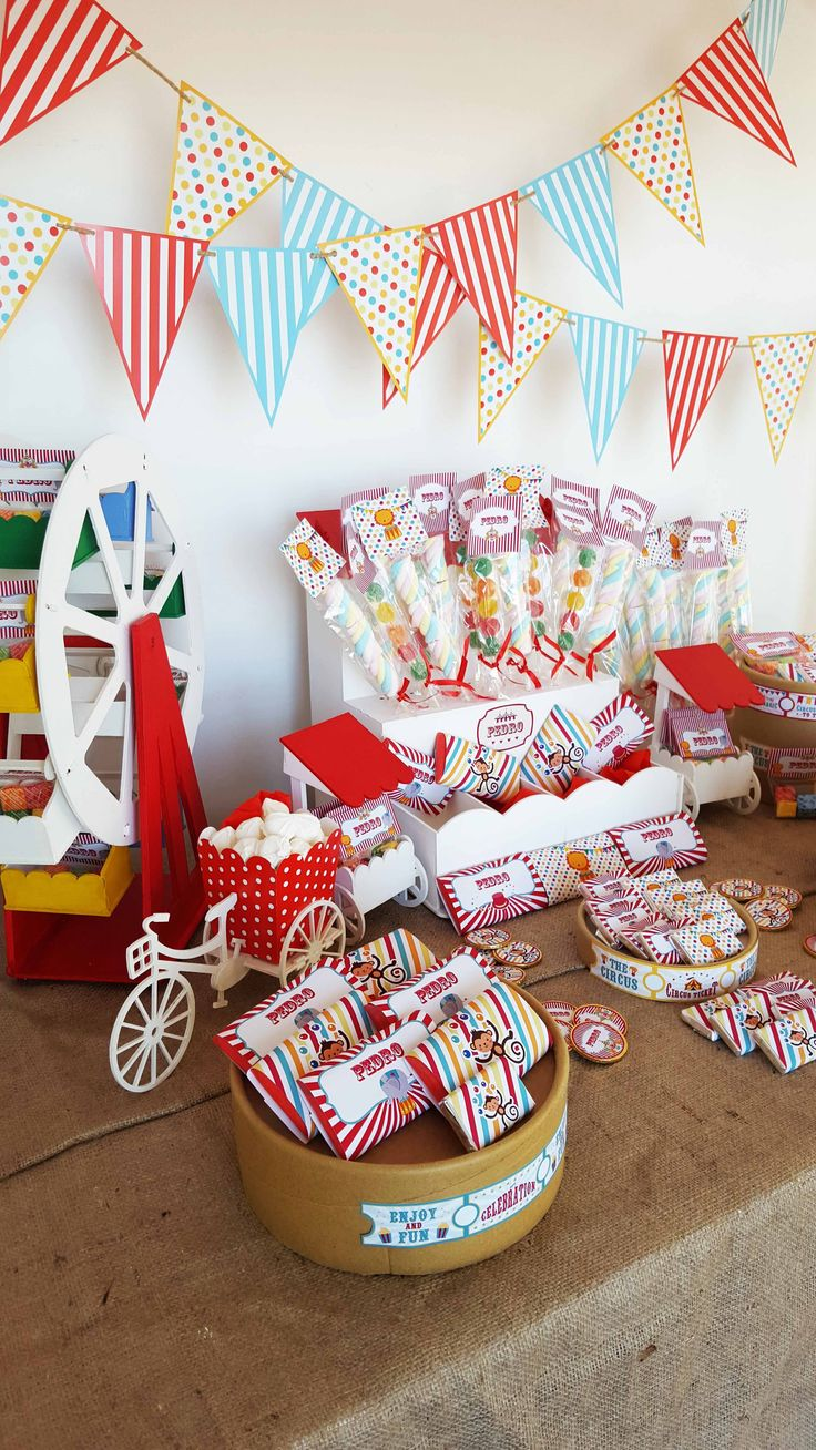 Candy Bar - Circo Para el primer año y bautismo de Pedro