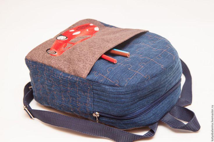 Купить Детский джинсовый стеганый рюкзачок для мальчика с вышивкой Машинка - синий, рисунок, детский, рюкзак