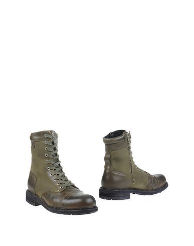 Diesel Men Ankle Boot on YOOX.COM. The best online selection of Ankle Boots Diesel. YOOX.COM exclusive items of Italian and international designers - Secure payments - Free Return