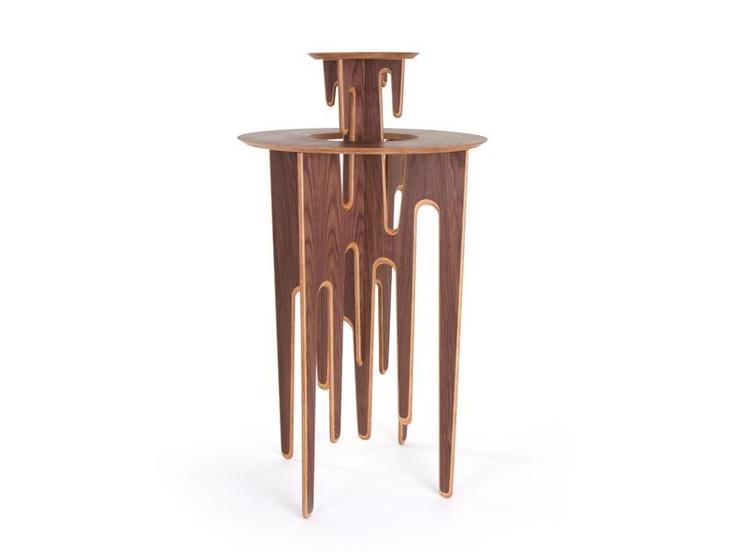 Decogrammes high table by Julien Kolmont de Rogier for L'EDITO. Choose your size and color online!  http://www.ledito.com/mange-debout-decogramme-bois.html