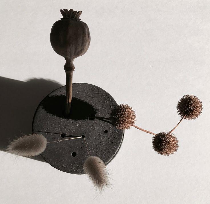 Matt black Ikebana Pot
