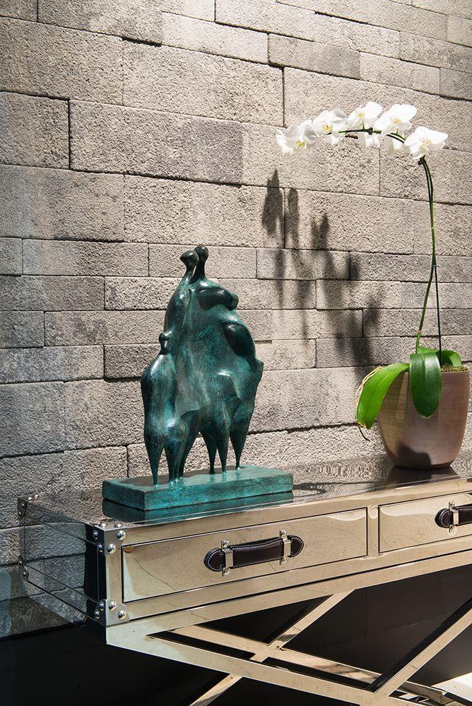 Ecobrick Grigio Stand Revestir 2016 Foto: Favaro Jr.  #revestimento #design #arquitetura #castelatto #parede #decor #decoração #sofisticacao #wall #tijolo #brick #bestoftheday #melhordodia
