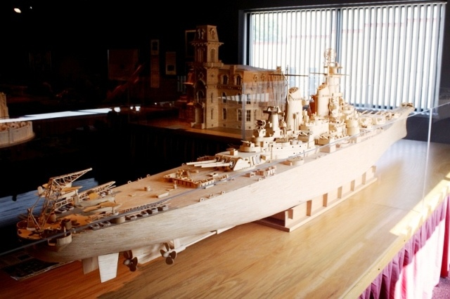 The USS Iowa made of 137,000 wooden matchsticks by Pat Acton