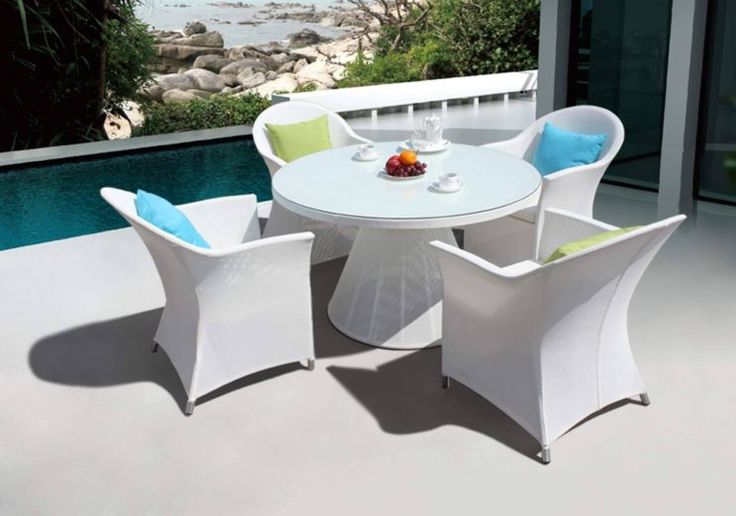 Best 25 Plastic Garden Chairs Ideas On Pinterest Outdoor Plastic Chairs Traditional Outdoor