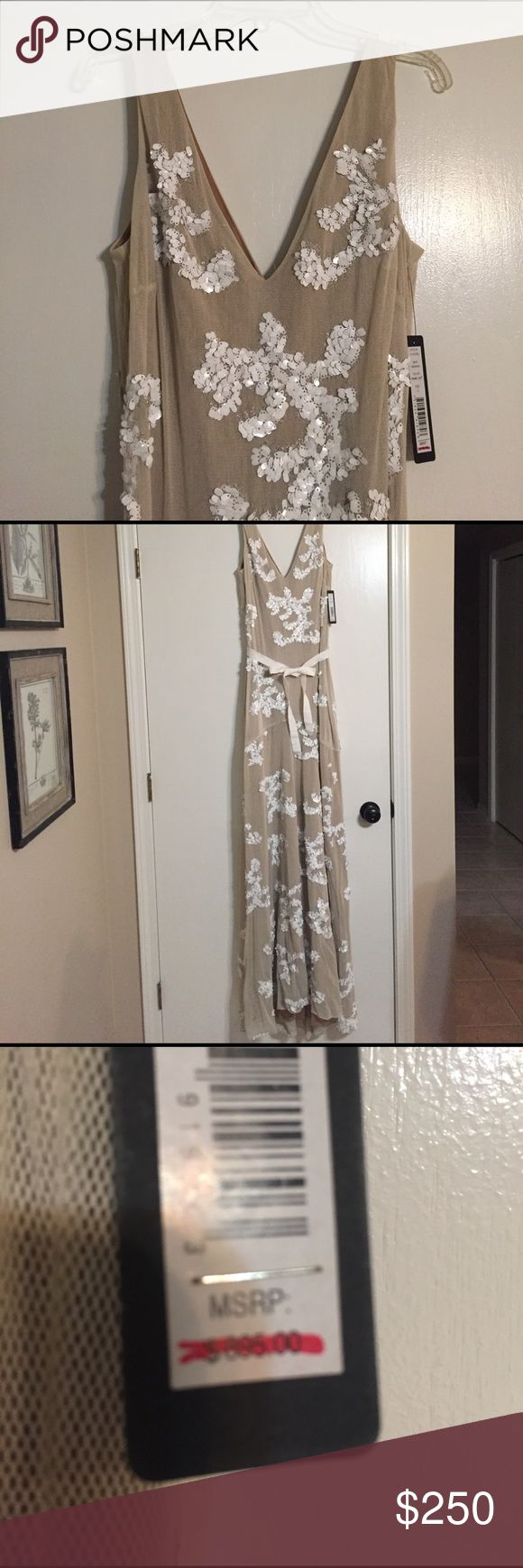 Robert Rodriguez long evening gown camel sequins Stunning Robert Rodriguez cream and white sequined evening gown. New with tags. V-neck front and back. Robert Rodriguez Dresses Maxi