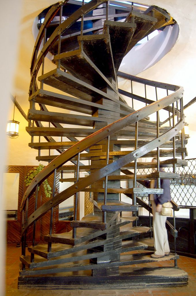 Build Spiral Stairs Stairs Rustic Staircase Industrial House