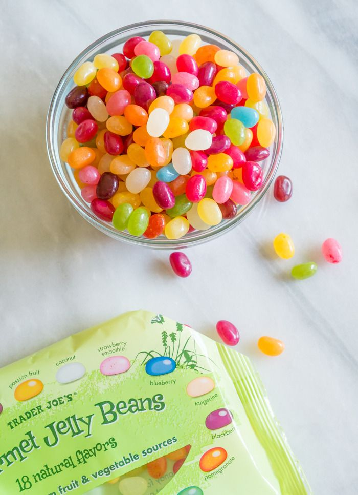 trader joe's gourmet jelly beans review : part of a weekly review series of tj's desserts and treats #raderjoes