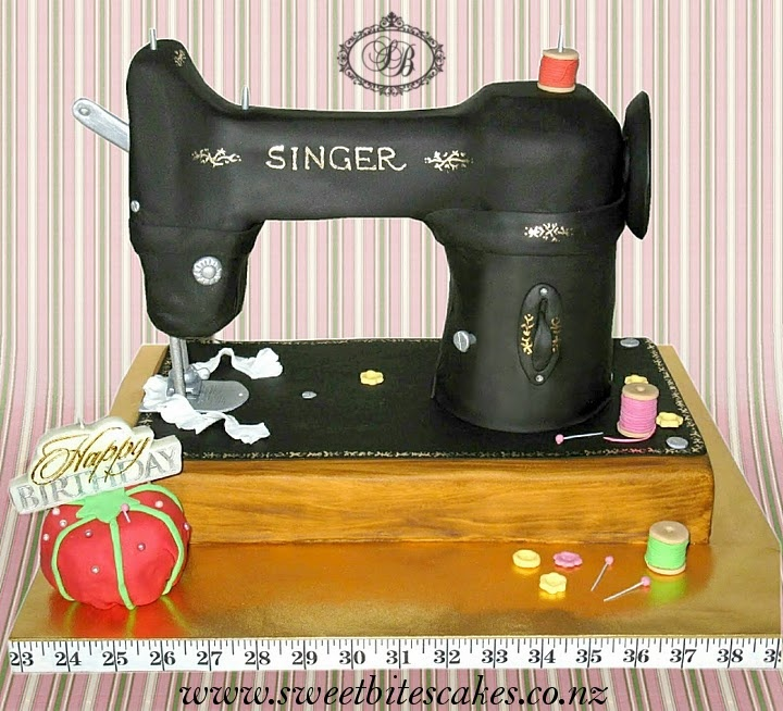 Sewing Machine Cake @Meghan Mattingly Wait, maybe it is this cake I love for my mom. There are too many cute cakes out there.