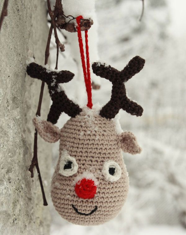 Игрушка на Новый год «Северный олень Рудольф» от Drops Design вязаная крючком