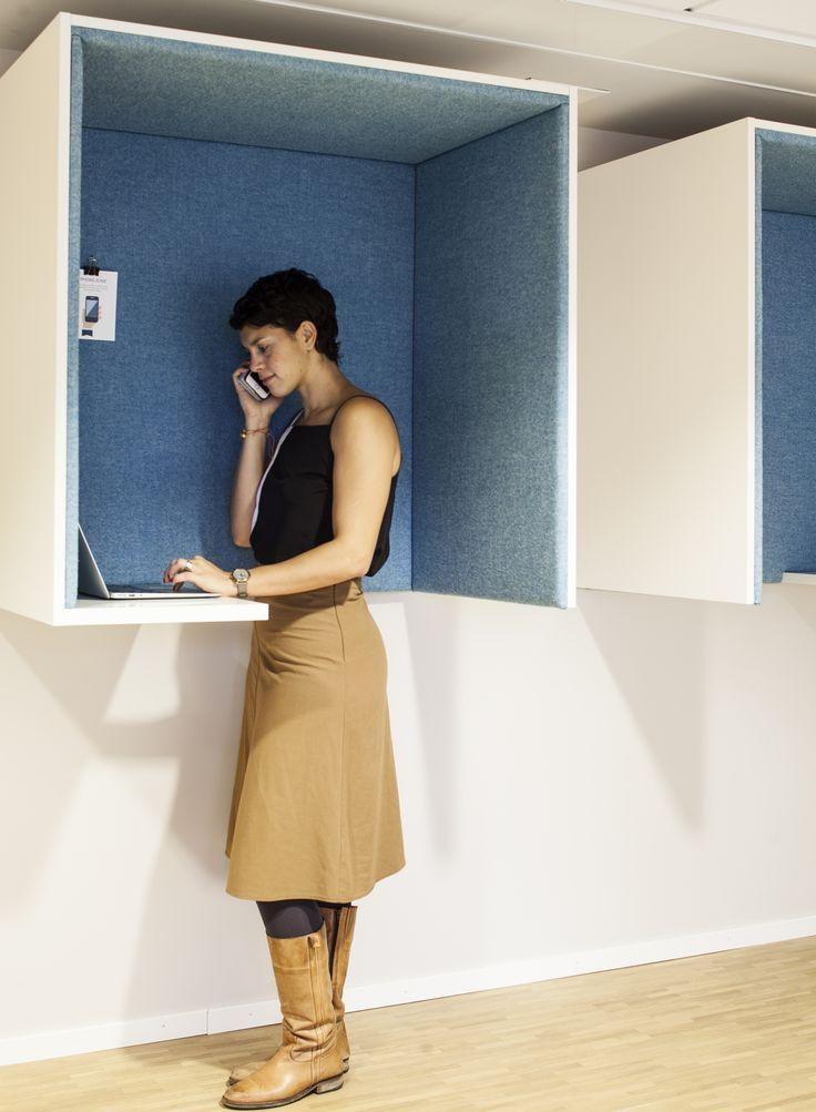 Telefonhytt i anslutning till mötesrum