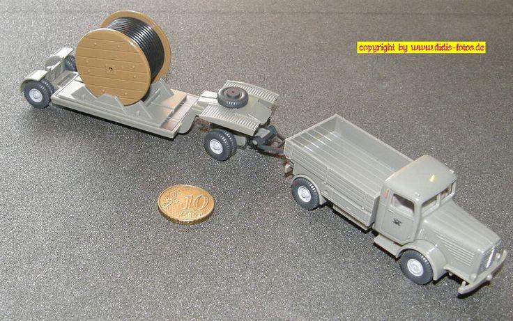 Büssing 8000 Zugmaschine mit Tieflade-Anhänger und Kabeltrommel Post (Wiking 852)