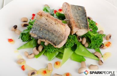 Whether you eat it for taste or for its heart-healthy benefits, choosing the best fish isn't simple. The origin of your fish affects more than its price tag. It affects its concentration of Omega-3's and contaminants, too. via @SparkPeople