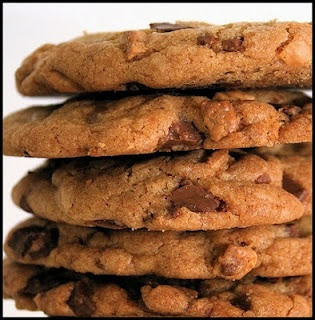 """The Welcoming House: """"Making Do"""" without Missing A Thing--(Master Mixes/post one)Cookies Mixed, Dough Recipe, Chocolate Chips, Saving Money, Chocolates Chips Cookies, Home Baking, Christmas, Weights Loss Secret, Chocolate Chip Cookies"""