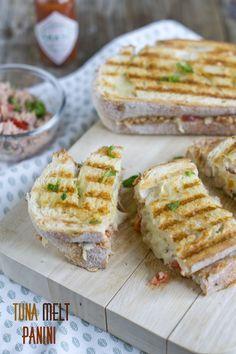 Tuna Melt Panini, recept via BrendaKookt.nl